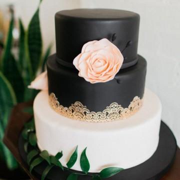 Черно-белые свадебные торты